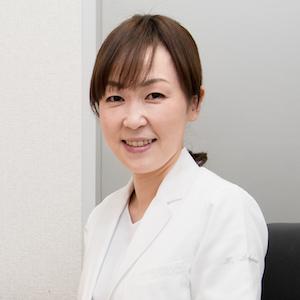 眼科専門医 院長 坂谷 慶子